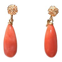 Vintage 14K yellow Gold Momo Salmon Red Coral Drop Earrings 5.58 Grams