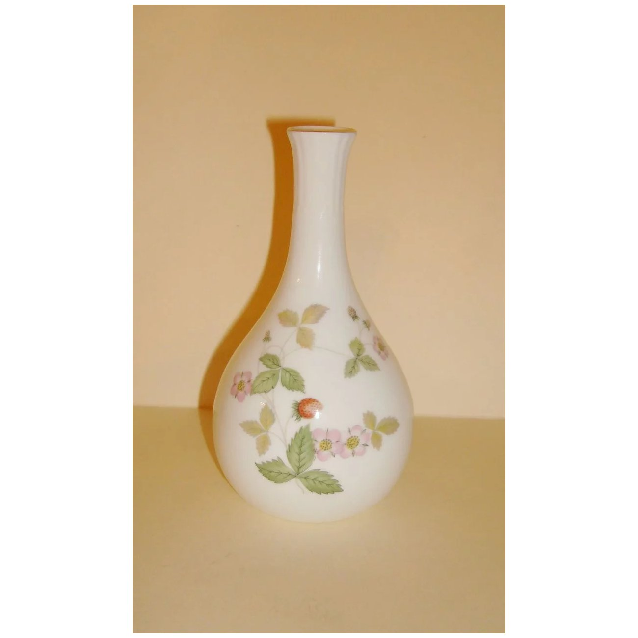 This English Wedgwood Bone China Vase Is Beautifully Decorated With A Strawberry Plant That Goes By The Name Of Wild Measures