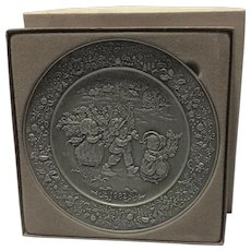 1982 Hallmark  Christmas Pewter Plate With Box.