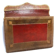 Antique French Gilt Tooled Morocco Leather Porte-Documents from the era of Marie-Antoinette