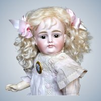 Wonderful Pouty Kestner X Doll