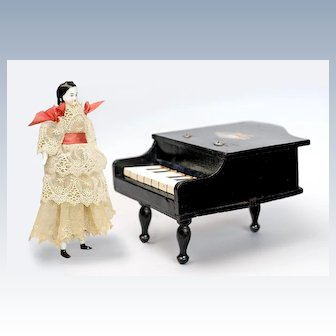 Wonderful Working Grand Piano