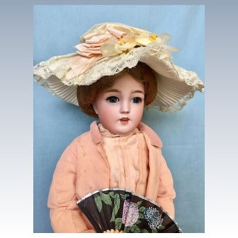 Antique in Factory Original Outfit German Lady Doll by Simon and Halbig 1159