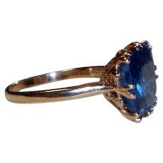 Vintage 14 k Gold and Spinel Ring