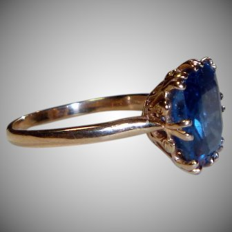 Vintage 14 k Gold and Spinel Ring