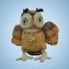 """Steiff Medium Sized """"Witty"""" Owl Vintage With Chest Tag"""