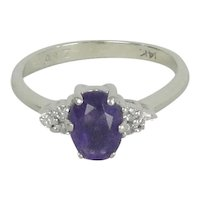 14K White Gold Amethyst Ring With Diamond Chips Size 5 1/4
