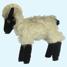 "Steiff ""Rocky"" Mountain Goat"