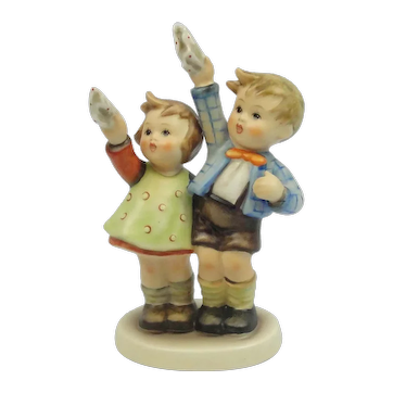 "Vintage Hummel Boy And Girl Waving Goodbye ""Auf Weidersehen"" #153/0 5 1/4"" TM3"