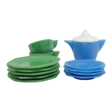 13 Pieces Of Akro Agate Children's Dishes