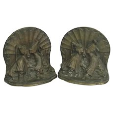 Pair Of Vintage Oriental Motif Cast Iron Bookends