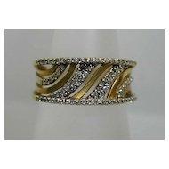 """Stunning Vintage Multi-Diamond """"Waves"""" Pierced Ring"""