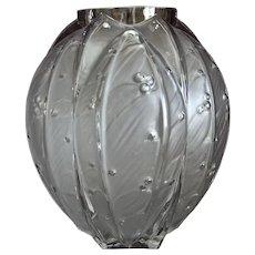 Scarce Verlys Laurel Vase, Circa 1939