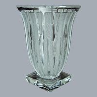 Verlys Lance Vase, Crystal Etched, Ca. 1944