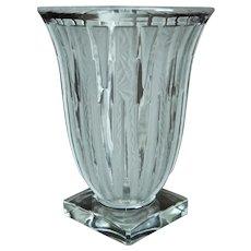 Verlys Lance Vase, Crystal Etched, Ca. 1944