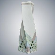 "Galluba & Hofmann Porcelain 8"" Twist Vase, Circa 1910"