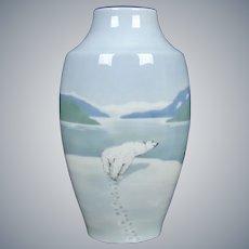 Metzler & Ortloff Porcelain Vase w/Polar Bear, Circa 1920