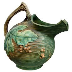 Roseville Pottery Bushberry Ice-lip Pitcher #1325, Green, Ca. 1941