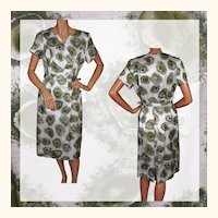1950s Dress Printed Satin Ladies Size M / L Vintage