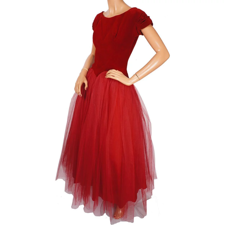 756872b5614 Vintage 1950s Red Tulle Ball Gown Prom Dress Size S   Poppy s Vintage  Clothing