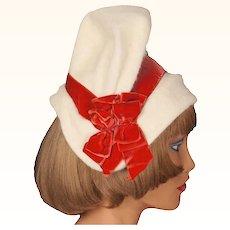 Vintage 1950s White Felt Bucket Hat Vogue de Paris Montreal Ladies Size M