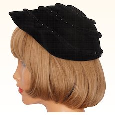 Vintage 40s The Maybrook Hat Black Fur Felt w Rhinestones Ladies Size M