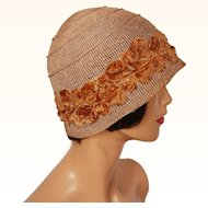Vintage 1920s Straw Cloche Hat with Velvet Flowers Ladies Size M / L