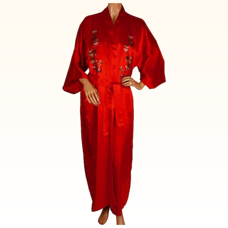 Vintage Chinese Embroidered Red Silk Dressing Gown Robe 1960s Size L ...
