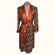 Vintage 1940s Mens Brocade Dressing Gown - Smoking - Lounging Robe - Shiny Deco Pattern