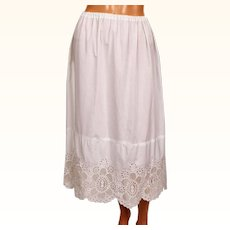 Vintage White Cotton Half Slip with Swiss Eyeleting Embroidery Size M / L