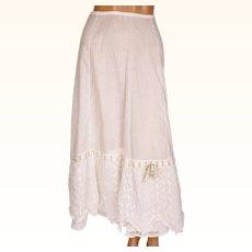 Antique Edwardian Cotton Petticoat - Lace Flounce