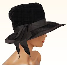 Vintage Black Velvet Wide Brim Hat 1960s Ladies Size XS