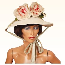 Vintage 1940s Wide Brim Straw Hat - White Straw Hat  and Pink Silk Roses  Size S / M