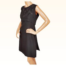 Vintage 1960s Beaded Black Crepe Cocktail Party Dress with Back Panel Size XL