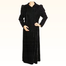 Vintage 30s Black Velvet Coat 1930s Opera Evening Jardine Gowns Montreal Ladies Size M