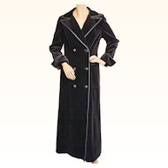 Vintage 1970s Black Velvet Maxi Coat Holt Renfrew 1300 Collection Ladies Size S M