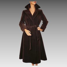 Vintage 1970s Unused Brown Velvet Coat  -  Lou Ritchie - Sport Togs - Canada - Size M 10