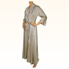Vintage 1940s 50s Dressing Gown Designed by Mitzi for Diamond Tea Lounging Robe