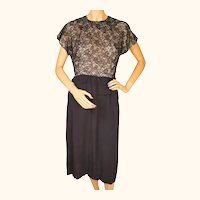 Vintage 1940s Dress Black Lace and Crepe by Fashionette Montreal Size M