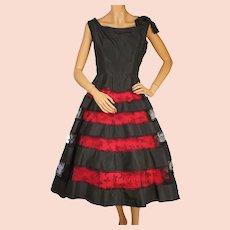 Vintage 1950s Black Taffeta Dress w Lace Insets on Skirt Size Medium