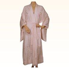Vintage Japanese Pink Silk Kimono w Floral Embroidery Robe Size M L