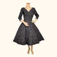 Vintage 1950s Black Taffeta Dress w Silk Insets on Skirt Size Medium