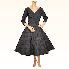 Vintage 1950s Black Taffeta Dress w Silk Insets on Skirt Size Medium