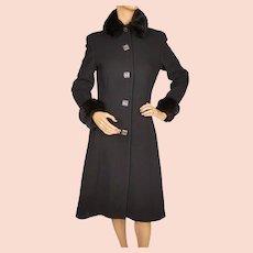 Vintage 1960s Black Wool Crepe Coat w Faux Fur Trim Ladies Size Medium