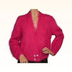 Vintage 1960s Shocking Pink Mohair Wool Sweater - Ladies - L
