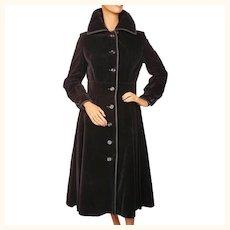 Vintage 1970s Black Velvet Coat - Canadian Fashion Designer - Leo Chevalier - M