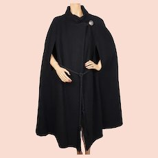 Vintage 1960s Black Wool Cape Lou Ritchie for Rainmaster Canada Size L