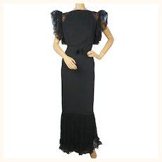 Vintage 1930s Evening Gown Black Crepe Dress with Lace Cap Sleeves Size M L