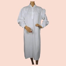 Antique White Cotton Linen Nightgown Nightie w Embroidery Size L