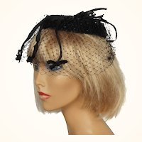 Vintage 19, 0s Black Velvet and Tulle Whimsy Hat